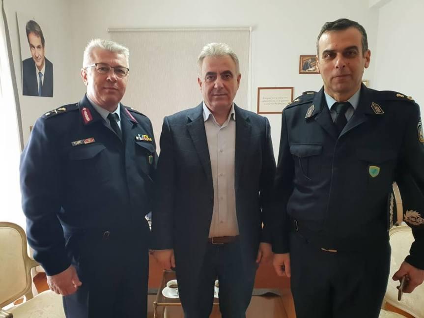 Με τον νέο Αστυνομικό Διευθυντή Λευκάδας                                              συναντήθηκε ο βουλευτής ΘανάσηςΚαββαδάς