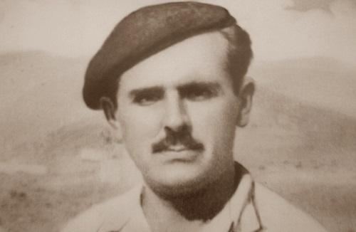 Ο πρωτοψάλτης της Μητρόπολης Αθηνών Σπυρίδων Περιστέρης και οι ηχογραφήσεις του στην Καρυά το1966