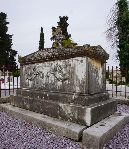 Δήμος Λευκάδας: Ανάδειξη των σημαντικών ταφικών μνημείων τηςΛευκάδας